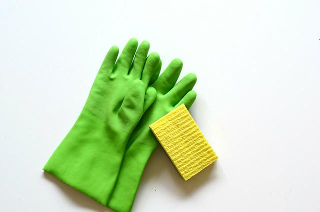 guanti-per-lavare